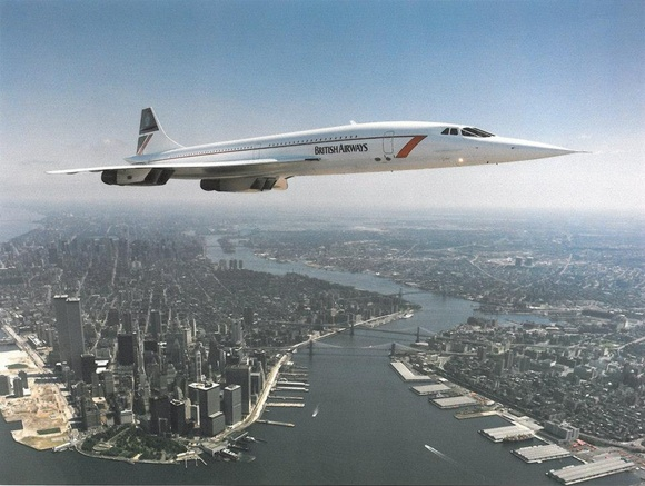 Concorde flying over New York