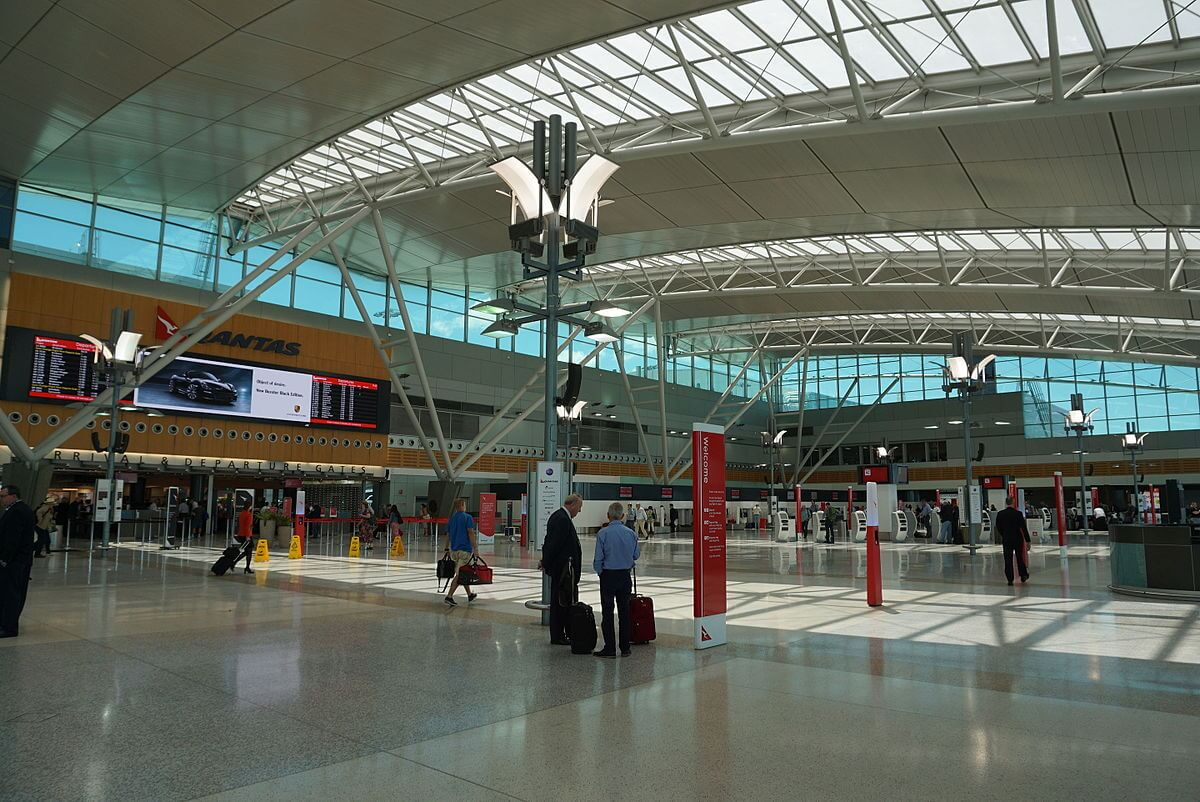airport privatization 2 Airport privatization has recently become a hot topic however, since the federal government asked credit suisse ag, a top investment bank, to analyze several privatization options, concerns have been.