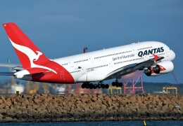 Qantas A380 goes into nosedive after wake turbulence