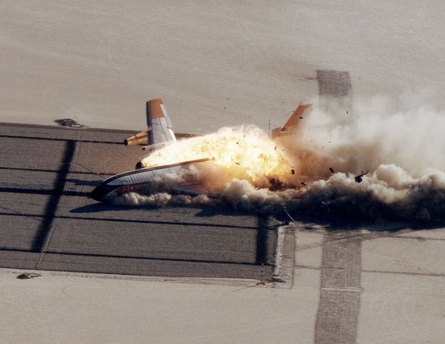 history hour how nasa intentionally crashed a boeing 720
