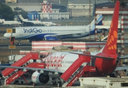 IndiGo and SpiceJet come to near collision after pilots mistake