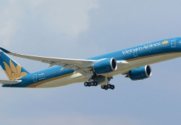 Vietnam Airlines increases salaries to avoid pilot departures