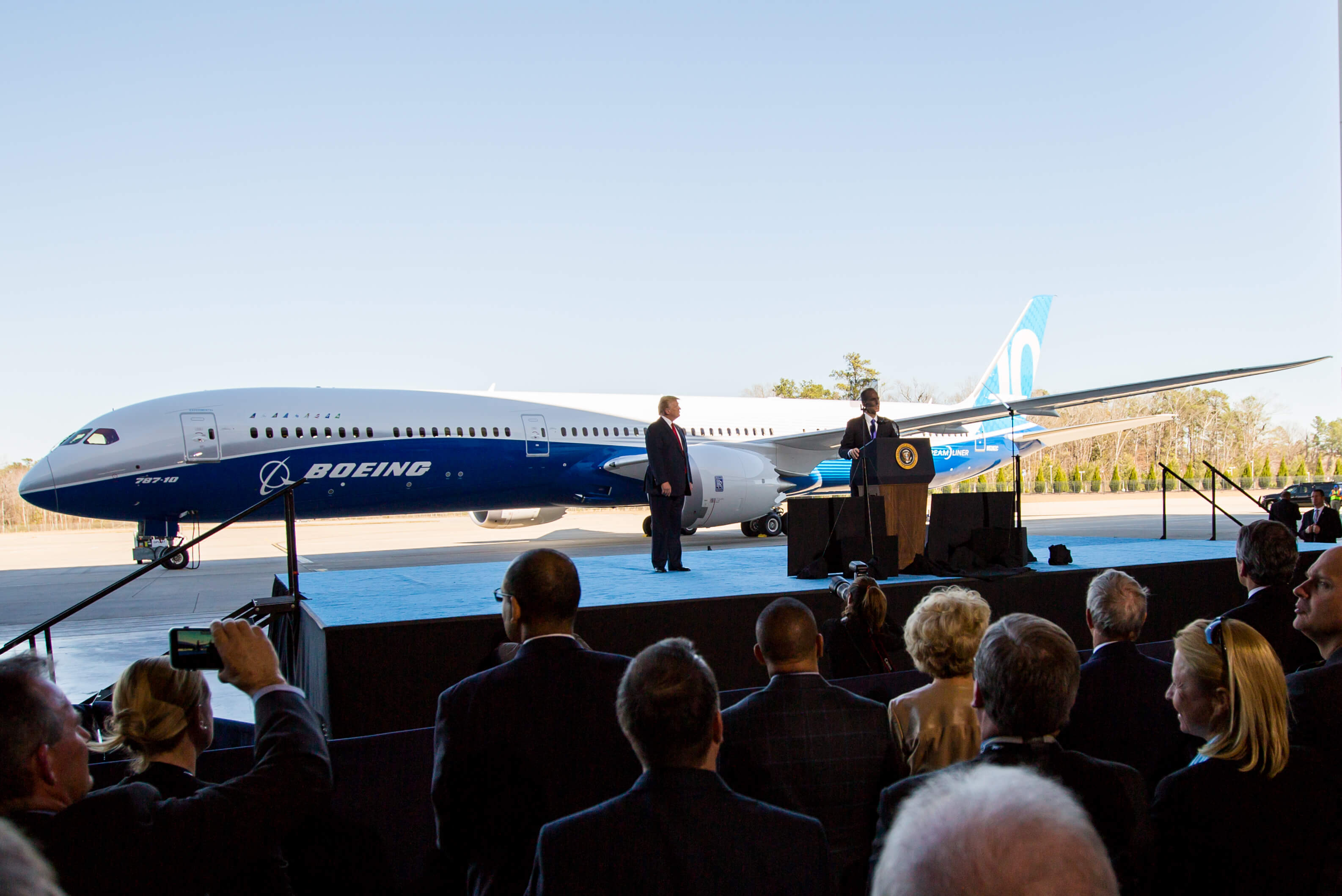 Boeing Under Fire Over The Safety Of The 787 Dreamliner