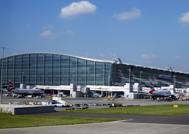 Top 10 World's Best Airports 2014