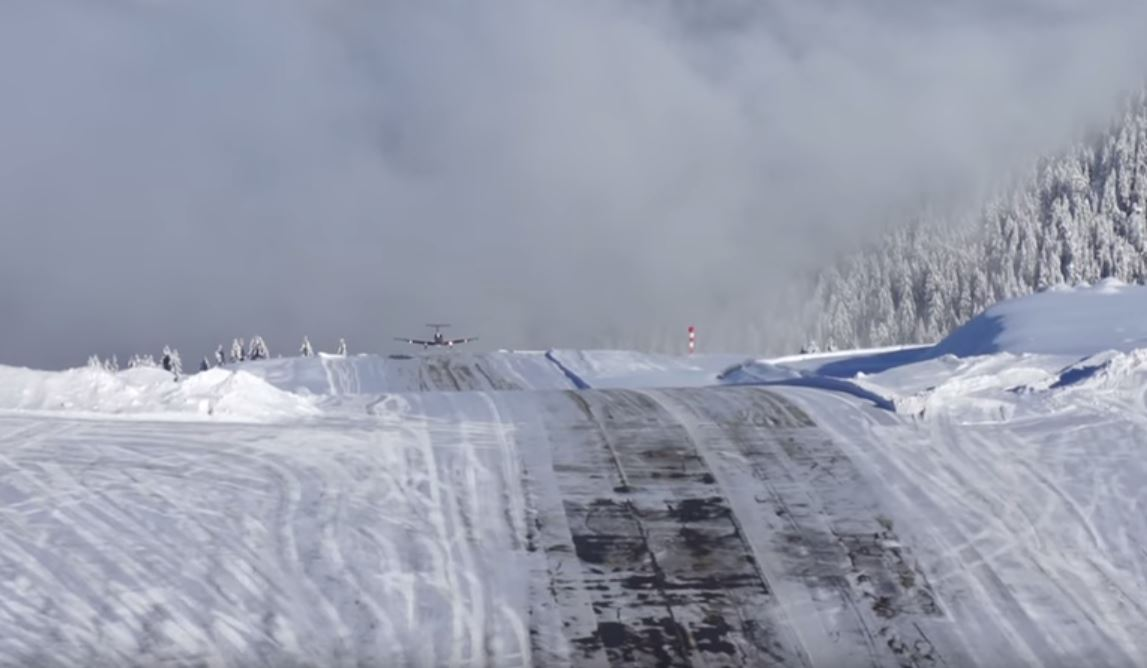 very dangerous landing at courchevel