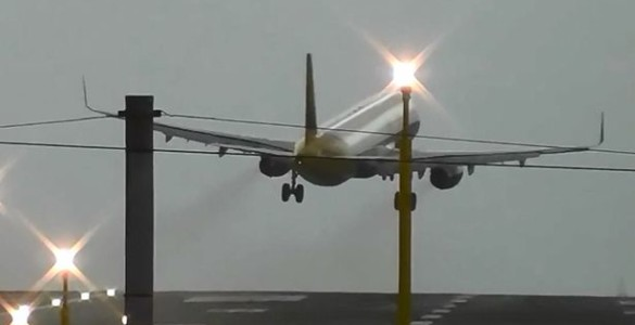 A320 Aborted Its Landing at Manchester Airport