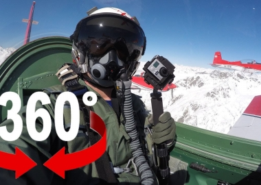 360° Air Show Video From Swiss Air Force PC7 TEAM