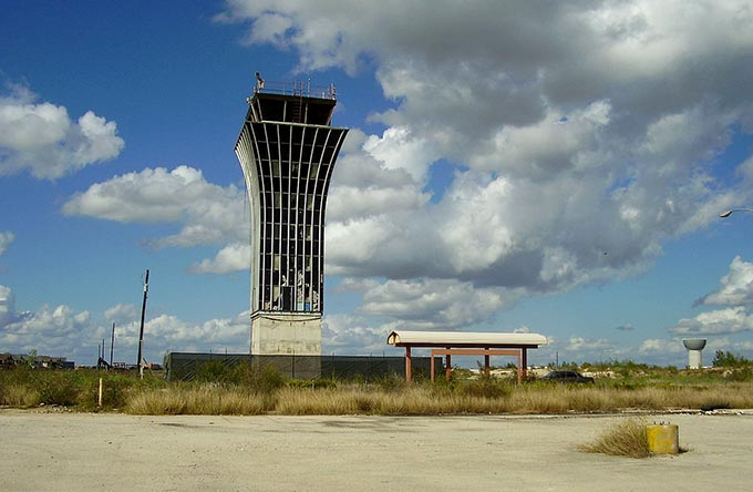 World's Most Amazing Abondoned Airports