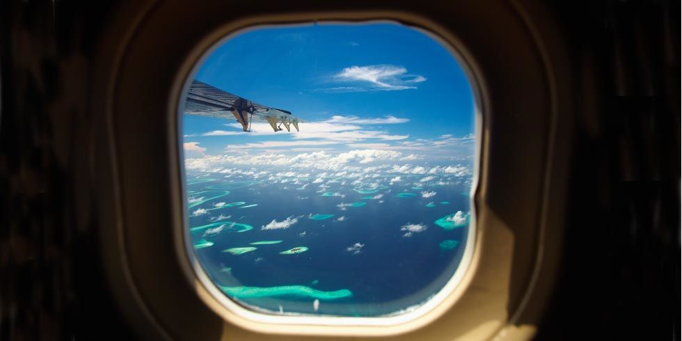 Why Airplane Windows Are Round?
