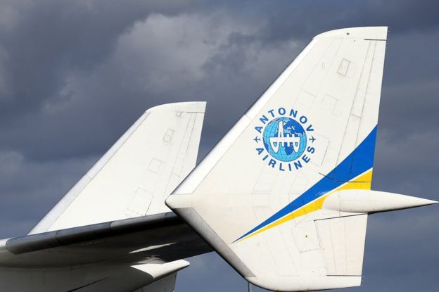 World's Biggest Plane Antonov An-225 Mriya Landing