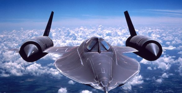 20-Facts-You-Don't-Know-About-SR-71-Blackbird-featured