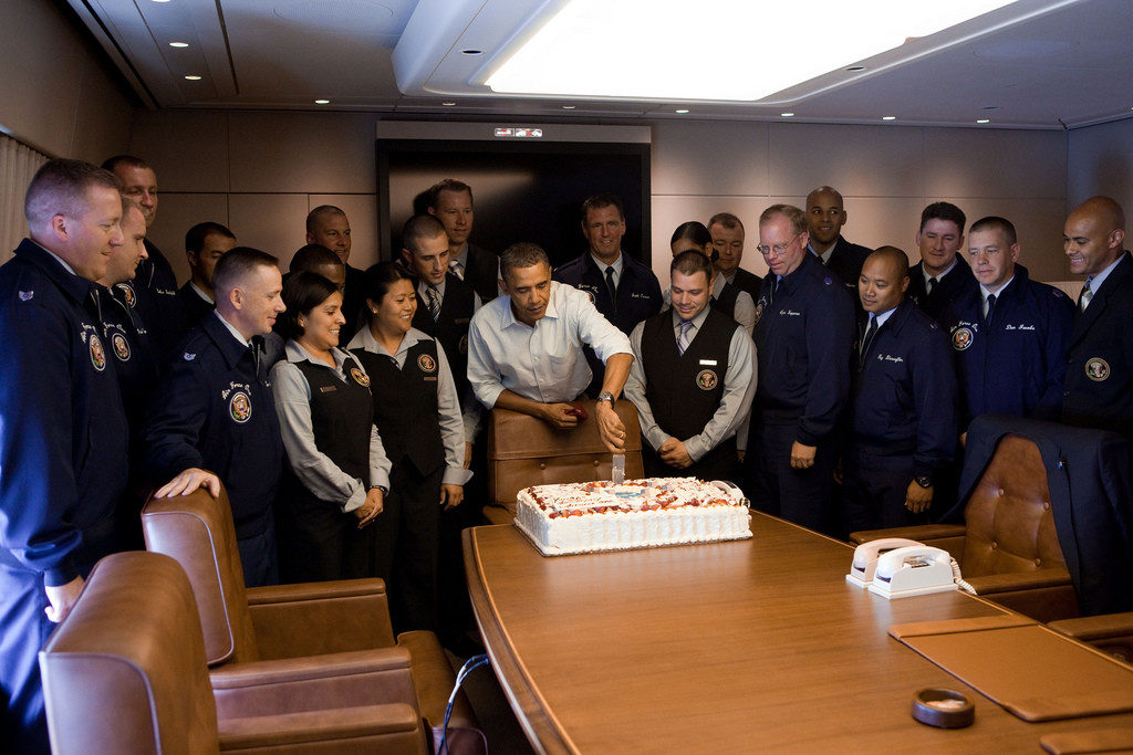 Barack obama s last flight on air force one - When is obama going to be out of office ...