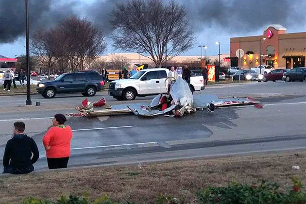 Three Dead After Two Planes Collide in Texas