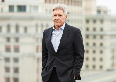 Video Shows Harrison Ford Flying Over Airliner