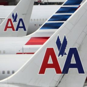 American Airlines First Officer Dies on Flight