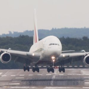 Emirates A380 Makes Landing During Rough Crosswinds