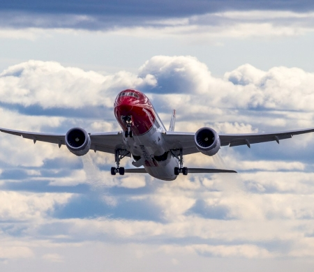 Norwegian Dreamliner Trans-Atlantic Breaks Speed Record