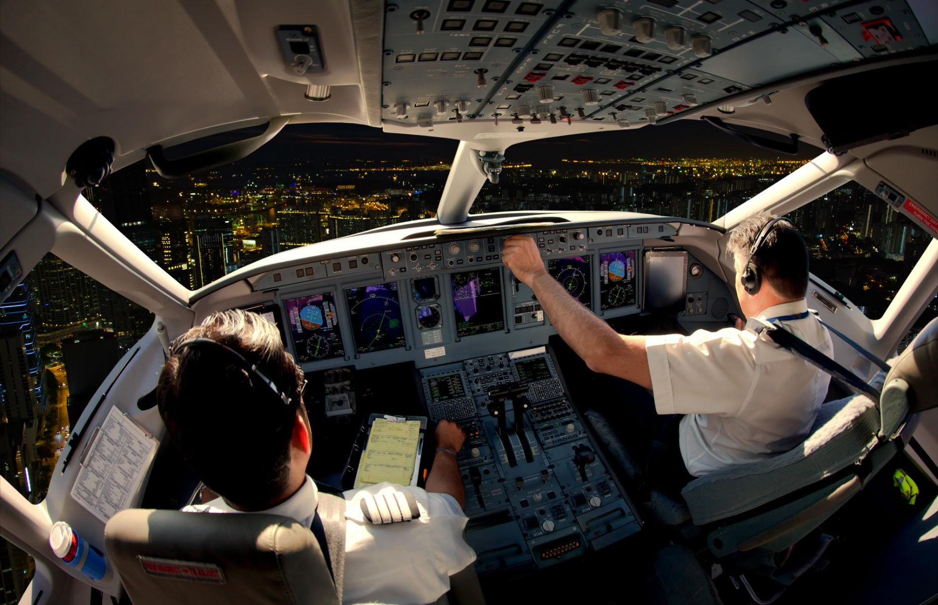 Things Pilots Notice When They Travel As Passengers
