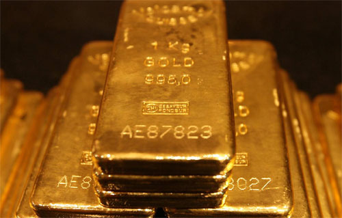 Gold Bars Worth Over $300M Fall Over Russia After Aircraft Door Fails