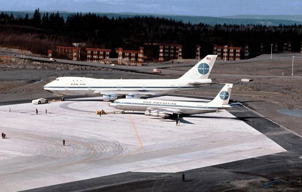 Boeing 707 and Boeing 747