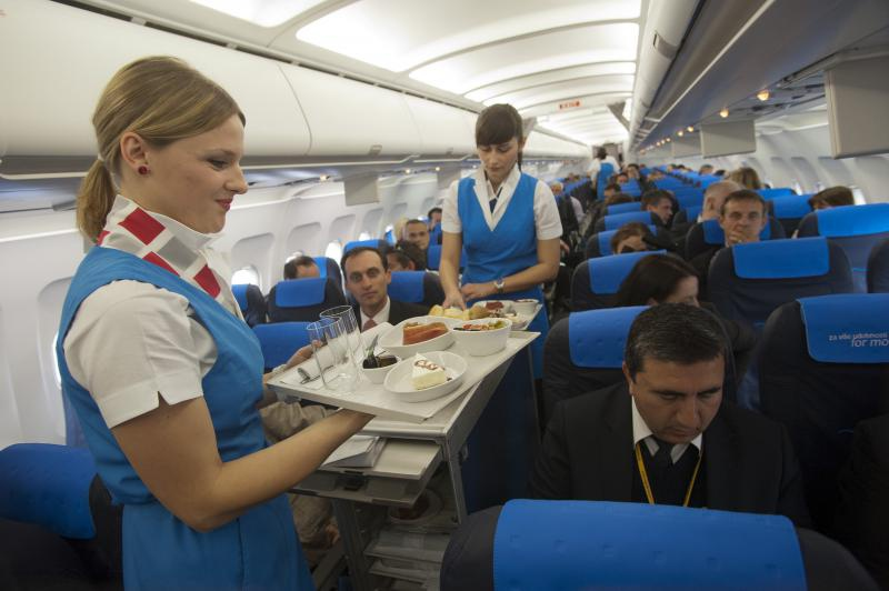 Should And Would You Tip Flight Attendants Aviation Blog