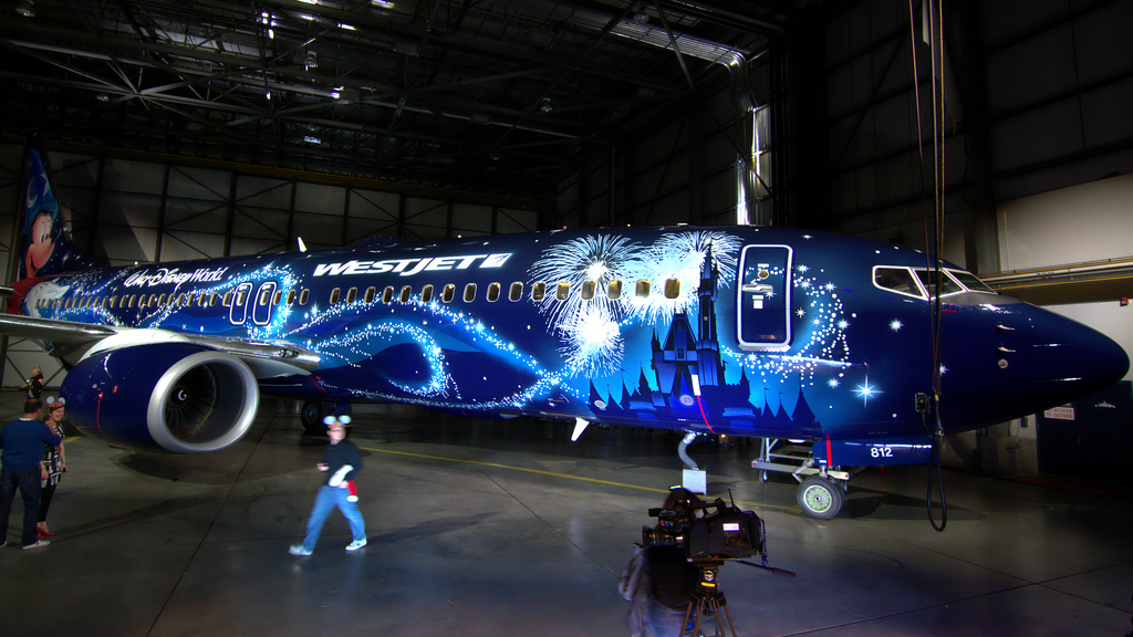 WestJet Disney Magic Plane Boeing 737