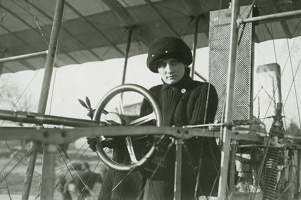 Elise Raymonde Laroche sitting in an aircraft