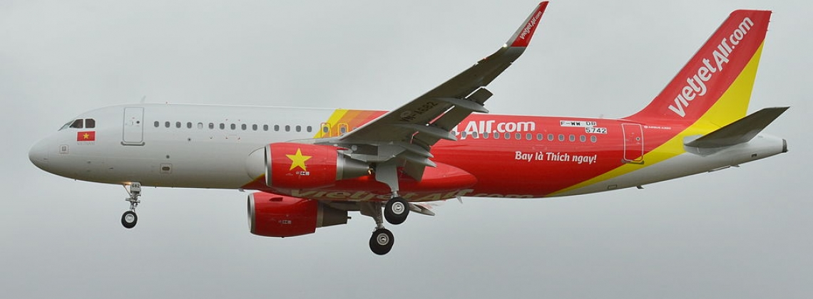 VietJet orders more Airbus jets one day after major Boeing deal