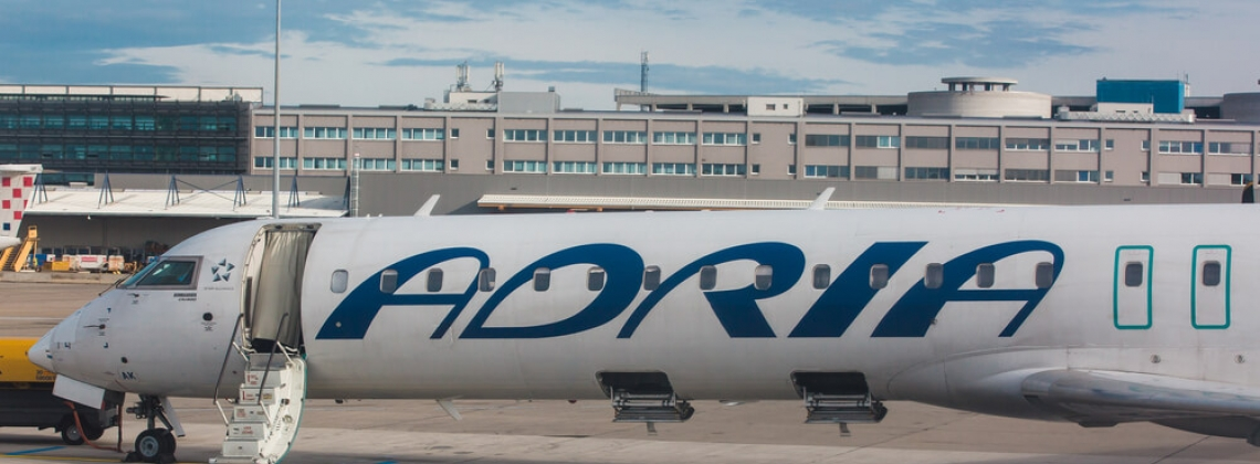 Adria Airways suspende temporalmente los vuelos