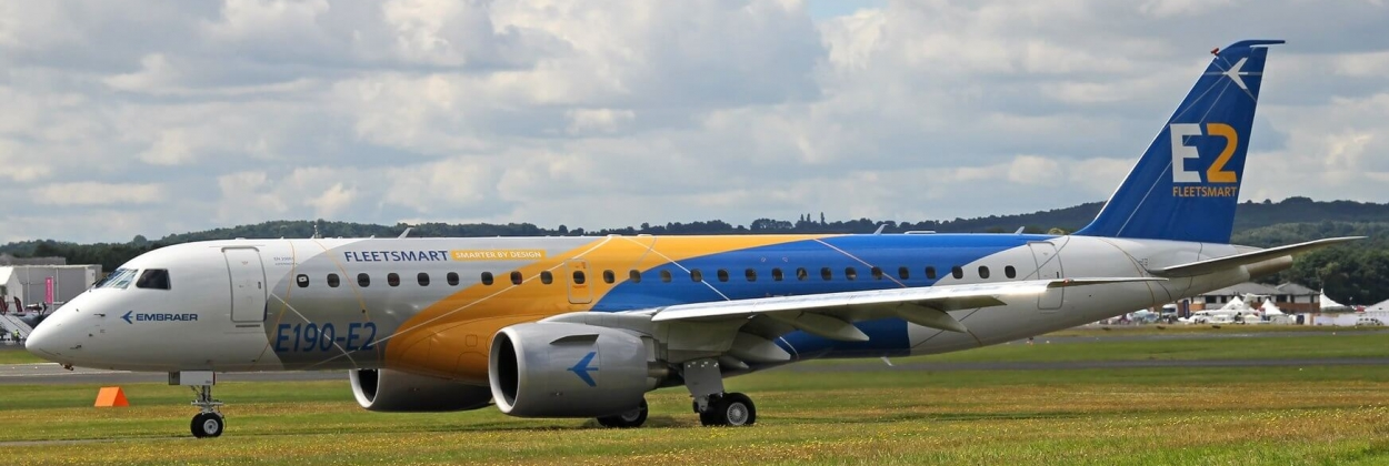 Embraer E190-E2 taxiing at airshow aerotime aviation news