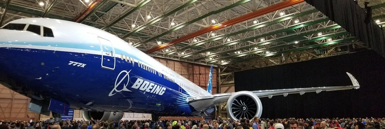 Boeing 777X test aircraft exploding doors incident
