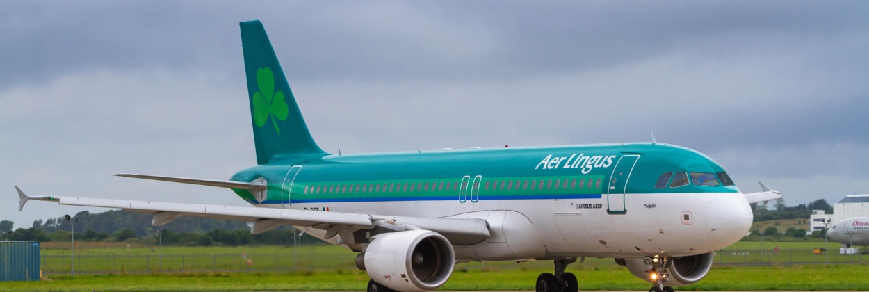 Aer Lingus Airbus A320 on the runway of Shannon Airport SNN