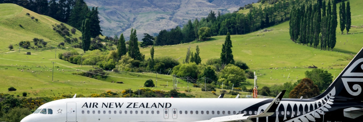 New Zealand to keep borders closed until at least mid-2021