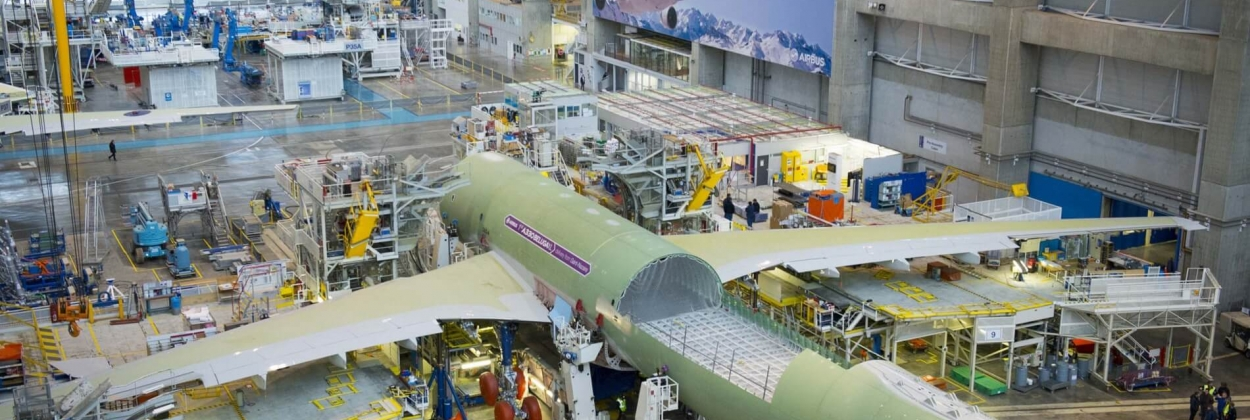 Airbus considers restructuring, 10,000 jobs at stake