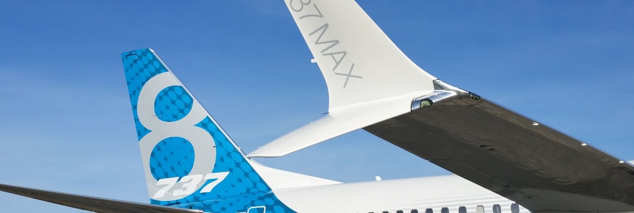 Boeing 737 MAX split-tip winglet in Boeing test livery