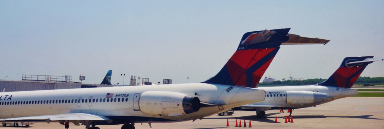 delta airlines mcdonnell douglas md88 md90 parked aerotime news