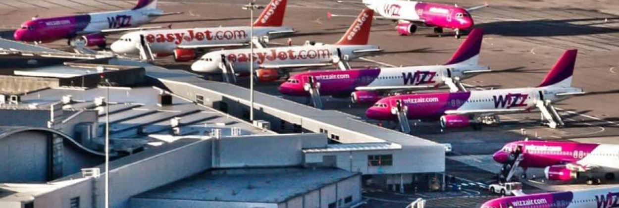 how low cost carriers make money