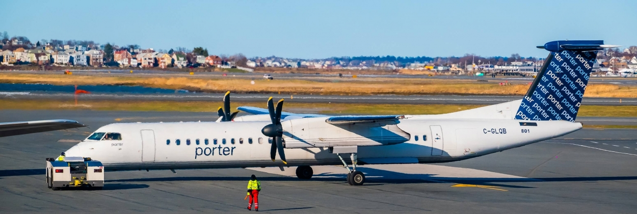 Porter Airlines restarts commercial operations