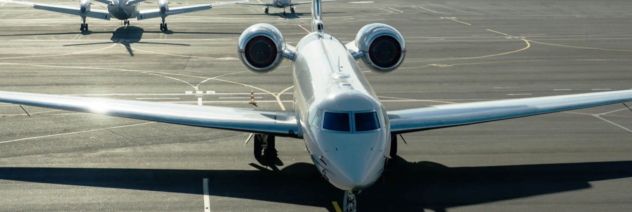 While commercial planes stay still, private jets fly high