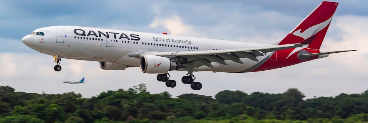 Qantas to relaunch intl flights a month early