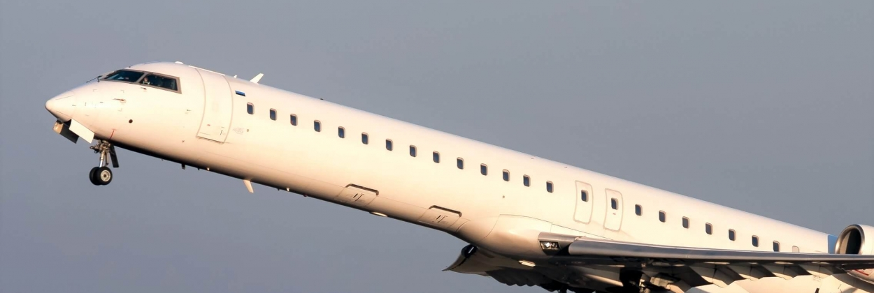 Mesa Air Group plans its joint venture to operate Bombardier CRJ-
