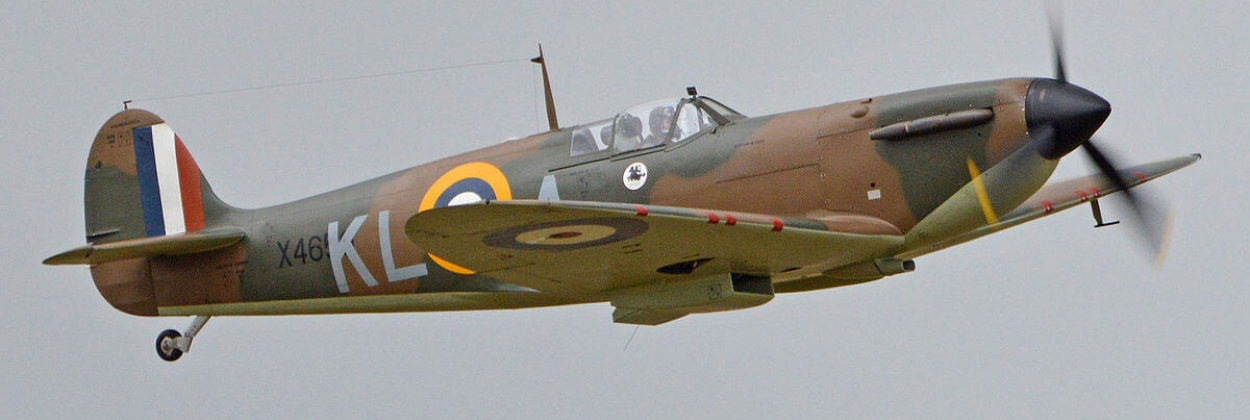 Spitfire replica celebrates 75th anniversary of D-day landings