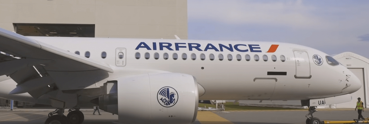 Airbus unveils livery of first Air France A220