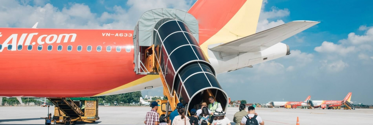 VietJet passengers boarding its Airbus A320 aircraft