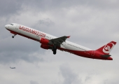 Ryanair finalizes Laudamotion takeover