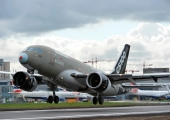 Bombardier C Series completes non-stop trans-Atlantic flight