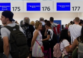 British Airways IT glitch strands passengers at 3 London airports