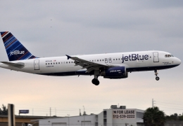 jetBlue is losing $10 million each day