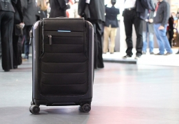 US airlines to ban smart bags with non-removable batteries