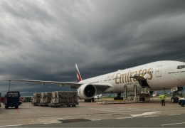 emirates airline boeing 777 in warshaw aerotime news
